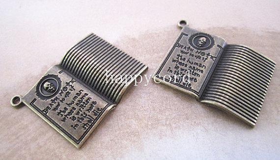 アンティークシルバー/アンティークブロンズノートブックネックレスペンダントチャームブレスレットイヤリングチャーム25mmx32mm /ロット