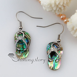 Wholesale Earrings Oyster Shell - slipper seawater rainbow abalone black white Penguin oyster shell mother of pearl dangle earrings