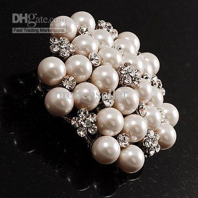 Rhodium Verzilverd Crème Imitatie Pearl Cluster en Rhinestone Crystal Diamante Bridal Brooo Party Prom Pin
