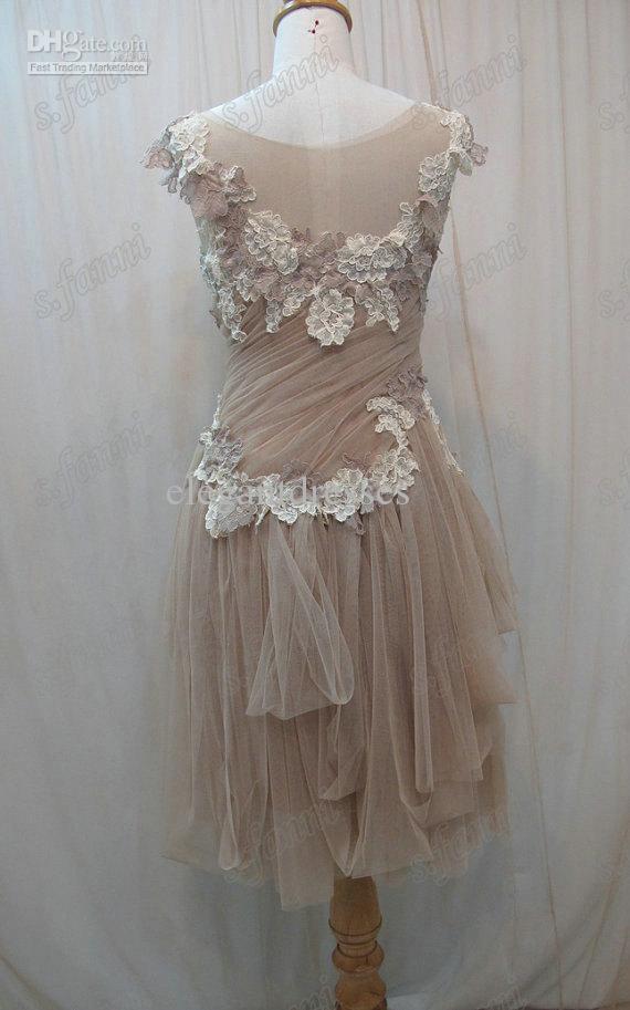 새로운 도착 손으로 만든 꽃 부드러운 Tulle Ruffle 레이스 산호 들러리 드레스 BDS018