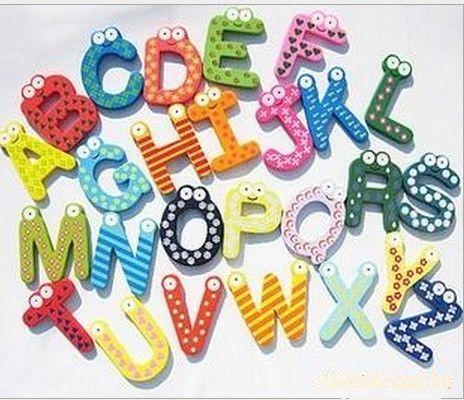 26 خطابات مغناطيس الثلاجة لعبة للتربية ما قبل shool رسائل ألعاب خشبية ملصقات المغناطيسي 26 قطعة / المجموعة