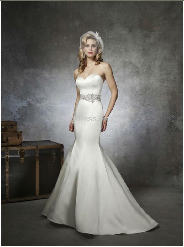 Elegant Strapless Sweetheart Beaded Belt Satin Mermaid Tail. Lovely Mermaid  Tail Wedding Dress 1733c4d1cecf