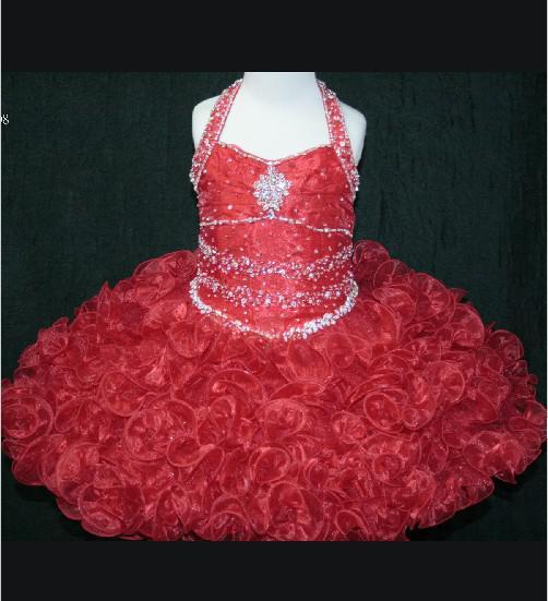 La última versión de un hombro vestido de falda plisada del vestido del desfile hermosa chica nuevo estilo