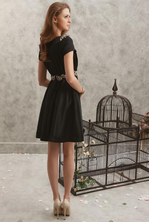2015 새로운 칵테일 드레스 블랙 바투 짧은 소매 크리스탈 구슬 태 피터 패션 칵테일 드레스 뜨거운 판매