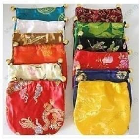 Partihandel 50PCs Kina Silk Smycken Pouches 10x15cm