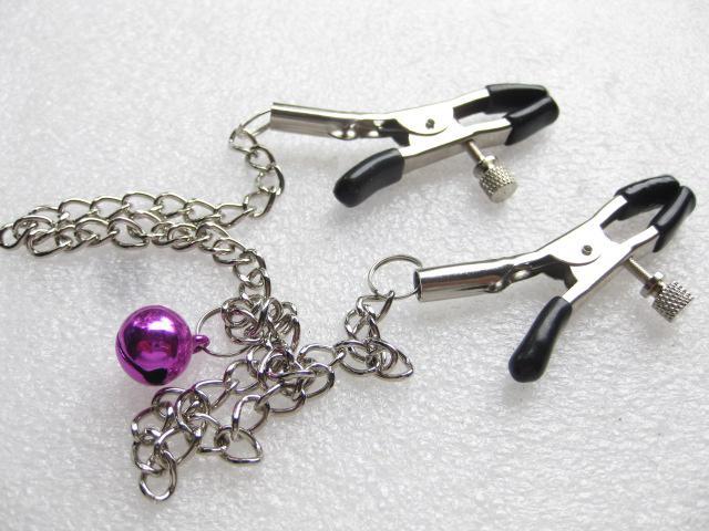 Los juegos sexuales usan el clip de pezón con la cadena JD1131