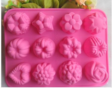 Fetta di muffin al cioccolato 12 buche Torta di gelato Candy Ice Vassoio di stampo Stampo di cavità Fiore / Stella