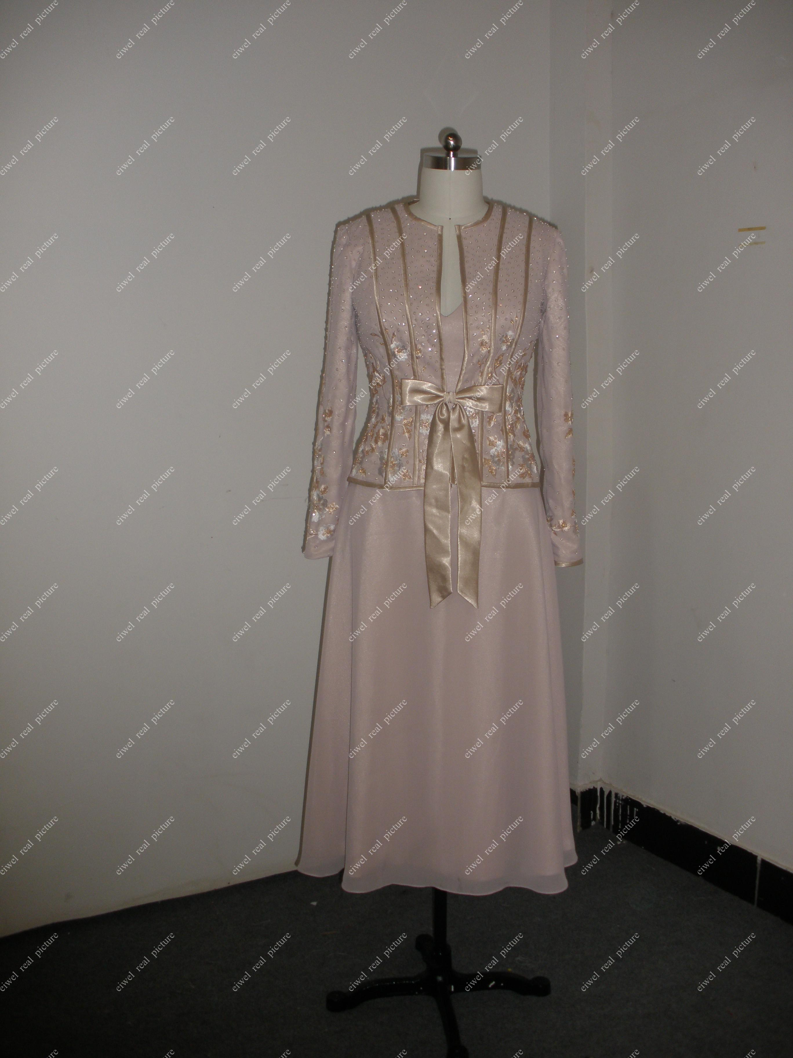 Two-piece Mother of the Bride Dresses A Line V-neck Chiffon Tea Length Gowns For Brides Mothers