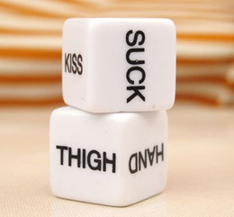 Dés Époteuse Érotique Pas Cher-FreeShip 100pcs / 50pairs Sex Game Dice 1.8cm Funny Adult Love Humor Gambling Sexy Romance <b>Erotic Craps Dice</b> Pipe Toy