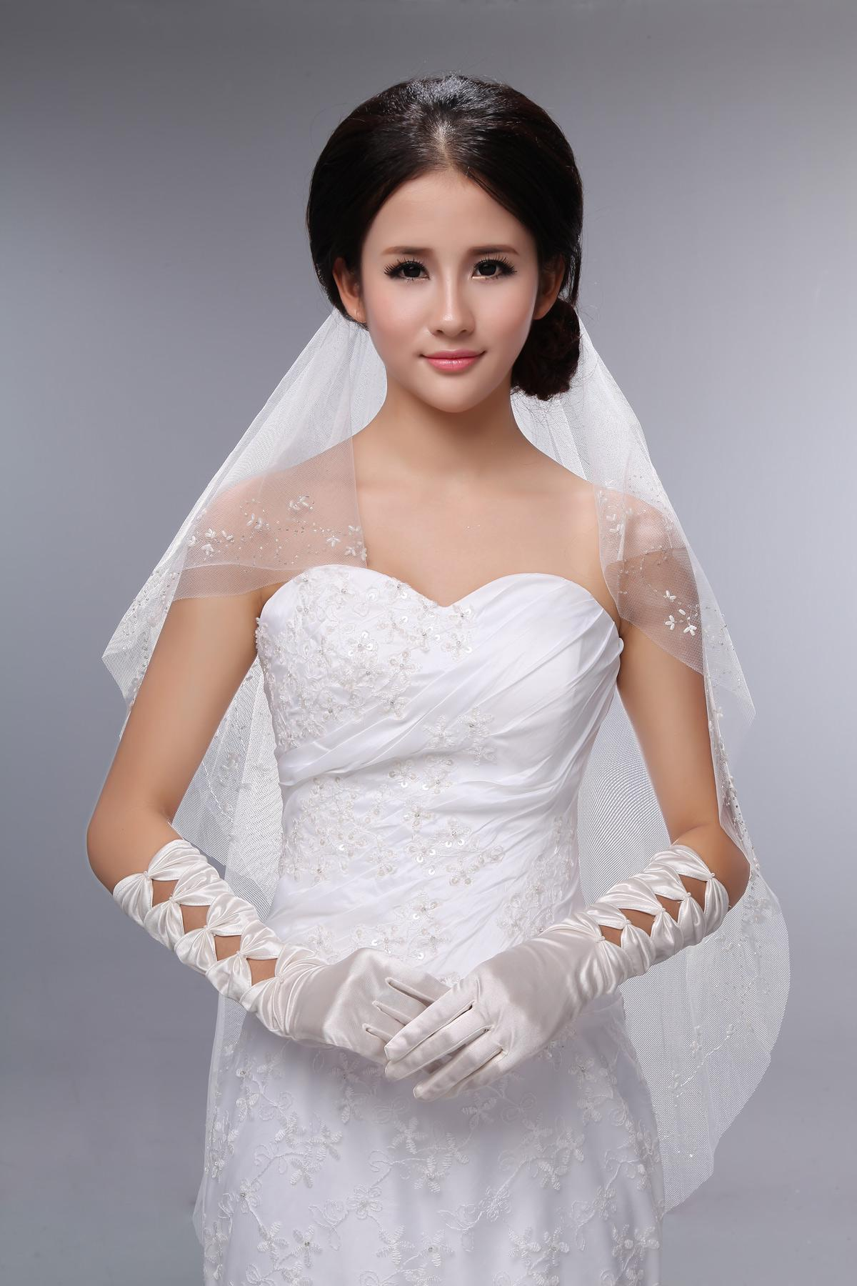 Wedding Gowns With Gloves – Skyranreborn