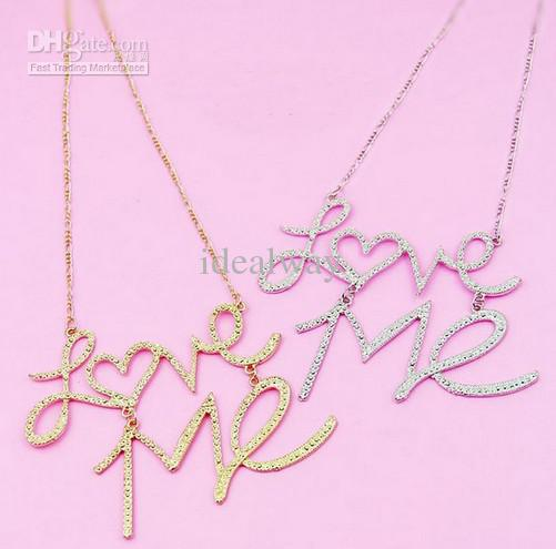 Ny Mode Hammered Silver Plated Golden Metal Pendant Letter Love Me Pendant Halsband