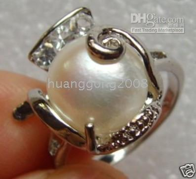 FINE JEWELRY NATURAL TAHITIAN BAROQUE PEARLS RING