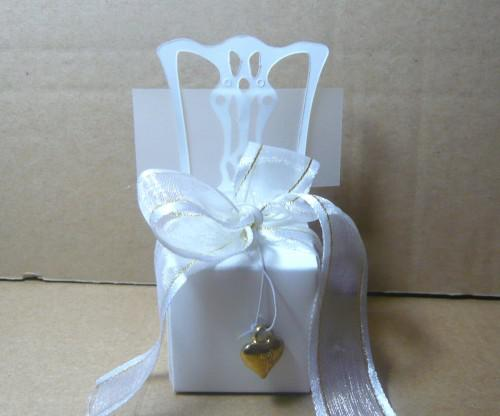 Miniature white chair Wedding candy box with gold accessories For Cupcake box Bombonieres