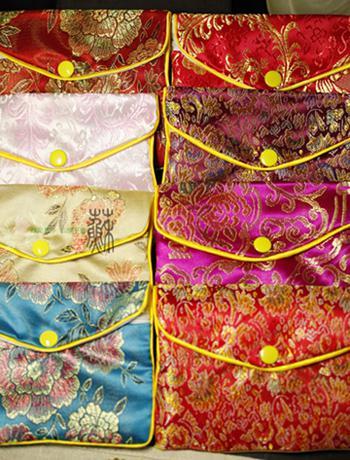 Goedkope kleine sieraden zakjes rits gift pouch trouwring tassen chinese zijde stof mini verpakking tas groothandel / mix kleur gratis