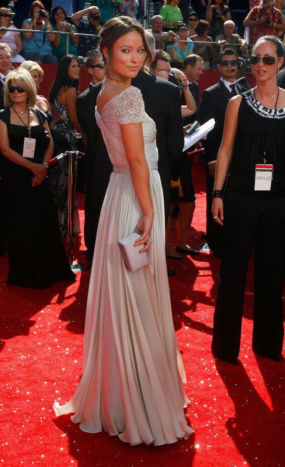 Muestra real Vanessa Gossip Girl Olivia Wilde una línea Tank gasa manga casquillo vestidos de noche de alta calidad