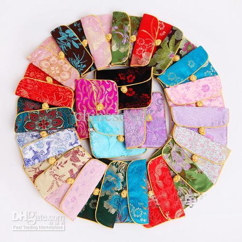 シルクファブリックジュエリーポーチ卸売小さな中国の結び目包装袋50ピース/ロットミックスカラーフリー