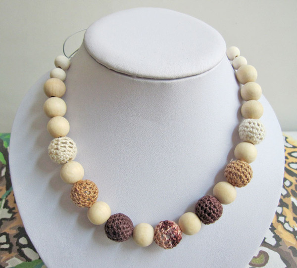 Mommy Organic Teething bead necklace Nursing necklace , Crochet Necklace coffee brown NW467