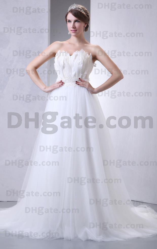 2013 New Elegant Custom Made SexyStralpless Feather Tulle A-line Wedding Dress DH0090
