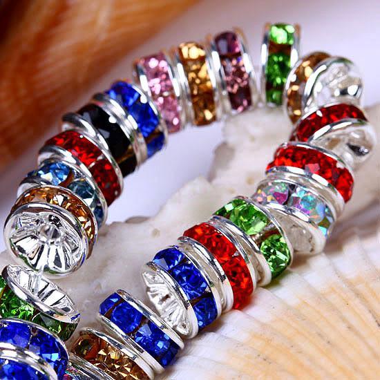CALIENTE 6/8 / 10MM 1000 piezas Plateado plateado Mezclado (Rhinestone B) Cristal espaciador Perlas Joyas Resultados