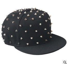 $enCountryForm.capitalKeyWord Canada - Adjustable Rivet Snapback Hats Caps Snap back Man Studs Punk Rock Hip-hop Gold RIVET Cap Hat