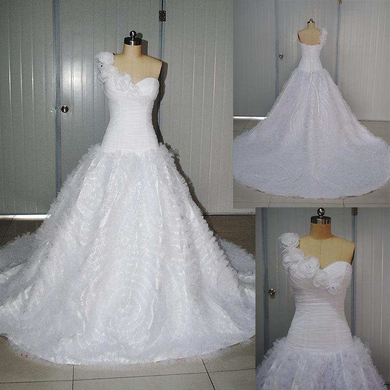 One Strap Wedding Gowns: One Shoulder Strap Sweetheart Neckline Wedding Dresses