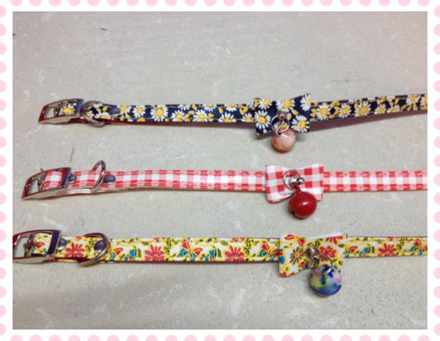 Cachorro de estimação coleira de cachorro sino de couro mini coleira de cachorro cat produto colares cintos de três projetos
