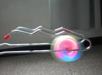 blinkendes yoyo großhandel-Freies Verschiffen magischer Kreiselkompaß Flash-Jo-Jo dreht Selbst-Schlagballkind Kinder geführte Spielwaren 50pcs / lot