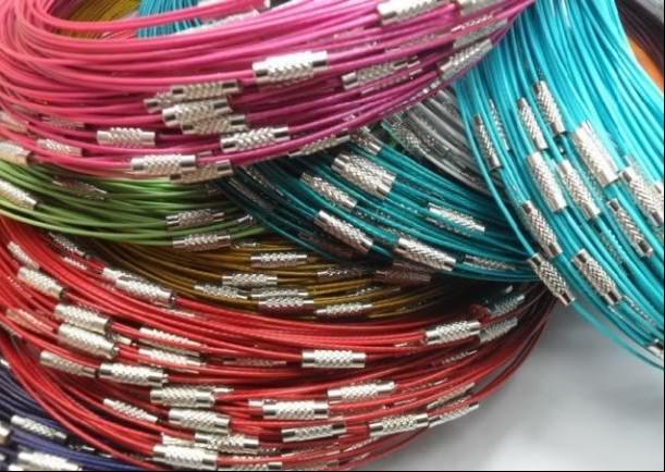 Multi color acero inoxidable cable de alambre collares nuevos 200 unids / lote cadenas de joyería 18