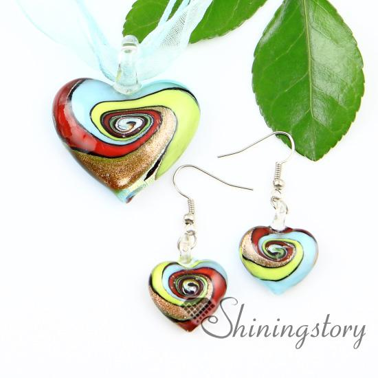 top popular heart glitter swirled pattern lampwork murano Italian venetian handmade glass pendants and earrings Mus047 fashion pendnats necklaces 2021