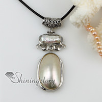 Wholesale Oval Shell Pendants - antique style oval seawater mother of pearl shell and pendants leather necklaces jewelry Mop14060 high fashion jewellery