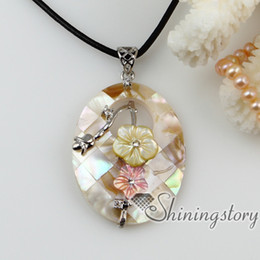 Wholesale Wholesale Abalone Shells - flower patchwork sea water rainbow abalone yellow black oyster shell pearl necklaces pendants