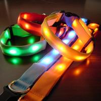 ingrosso ordina collari per cani-5pcs lotti 5 colori Glow LED Collari di cane di gatto Pet lampeggiante Light Up Collare di sicurezza fare l'ordine della miscela