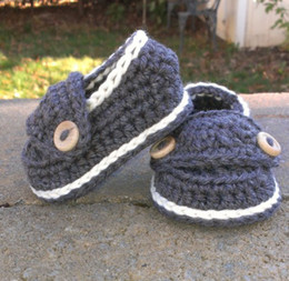 Wholesale Crochet Baby Booties Button - 15%off!Crochet shoes sandals Baby Crib Shoes Baptism Shoes Footwear toddler shoes Crochet Baby Booties Little Button Loafers!5pairs(10pcs)