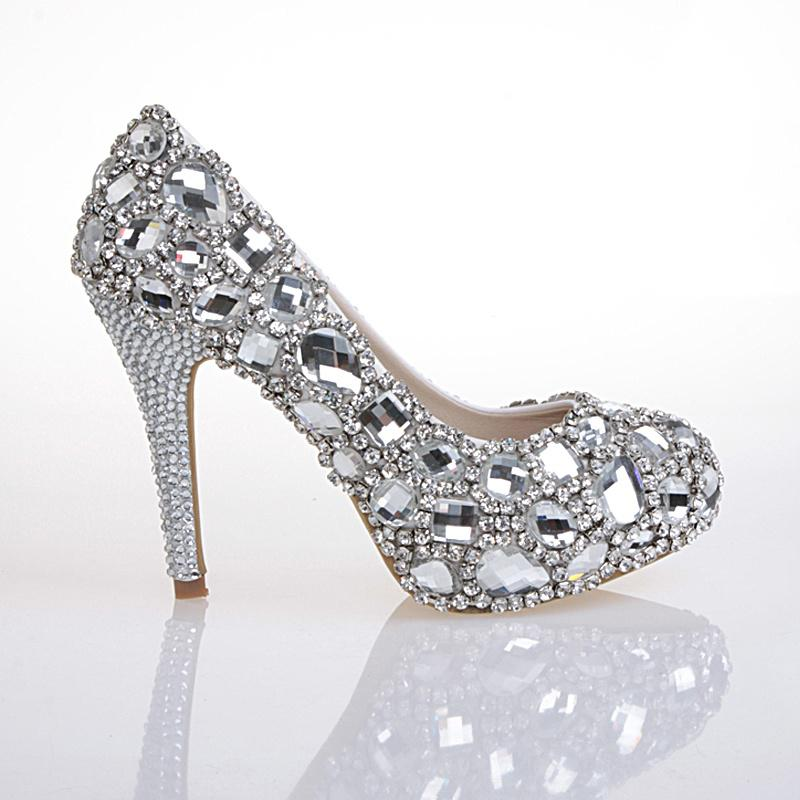 Flat wedding shoes with bling