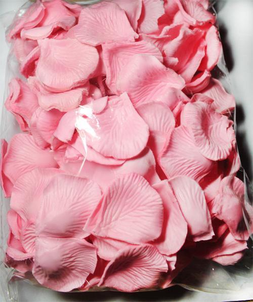 라이트 핑크 실크 꽃잎 꽃잎 결혼식 호의 파티 장식 장미