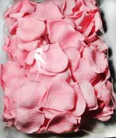rosa rose gefallen großhandel-2000pcs hellrosa silk rosafarbene Blumenblattblumenblätter, die Gastgeschenke Parteidekoration 11colors wedding sind