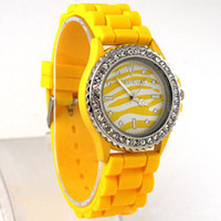 Wholesale Geneva Zebra Watches - Fashion men women Geneva Leopard grain watches Diamond silicone zebras watch geneva watches wristwatches bracelets