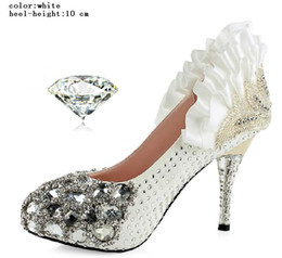 Perles de diamants talons hauts en Ligne-2 couleurs 3 sortes Diamond High Quality Shinning Pearl Upper Stiletto Heel Wedding Pumps Party Shoes