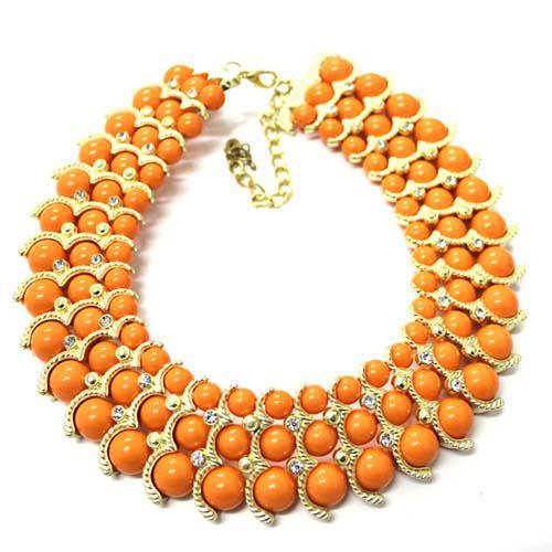 Nuova collana girocollo Statement Fashion 14K placcato oro A + Collana di cristallo Colletto di cristallo austriaco Collana a forma di bavero con pendente 8 cm