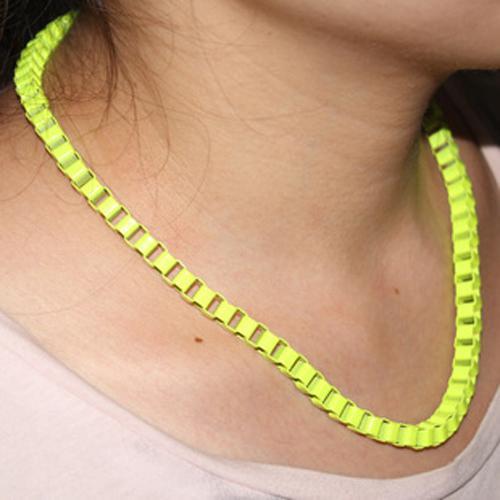 La collana variopinta del polsino della collana del polsino del metallo degli uomini nuovissimi di modo choker libero che spedice il regalo di Natale