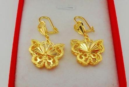 Zarte Schmetterlinge High-End-Braut-Schmuck-Set 18K vergoldet Halskette Armband Ohrringe Schmuck
