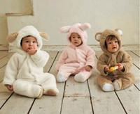 hayvan giyimli bebek kıyafetleri toptan satış-En çok satan Sonbahar Ve Kış Bebek Giysileri Bebek Giyim Mercan Polar Hayvan Tarzı Giyim Romper Bebek Bodysuit