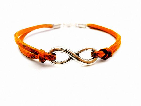 Argent ton Infinity Sign Numérique 8 Charm Bijoux Connecteurs Pendentifs 8 * 2mm Orange Bracelet 200 pcs