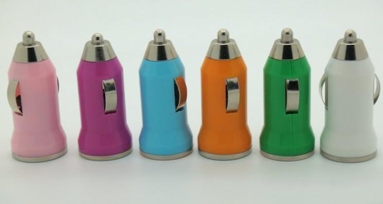 Bullet Mini Chargeur de voiture USB Universal pour PDA MP3 MP3 Téléphone portable iPhone4 iPhone5