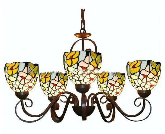 Tiffany Style Stained Glass Pendant Light In Floral