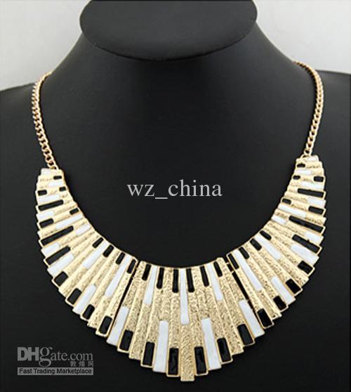 20% de réduction Unique chaîne en or en forme d'éventail bavoir bulle collier tour de cou à bretelles 5pcs / lot