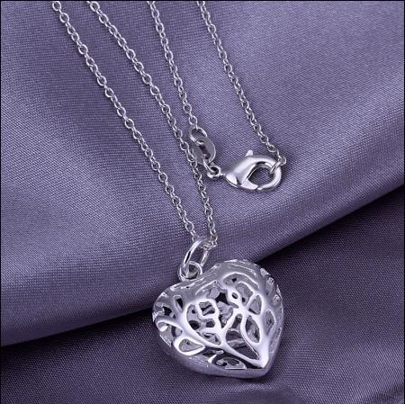 En gros 925 Sterling Silver Plaqué Creux Coeur Pendentif Collier De Mode Saint-Valentin romantique cadeau bijoux pour les filles et les femmes livraison gratuite