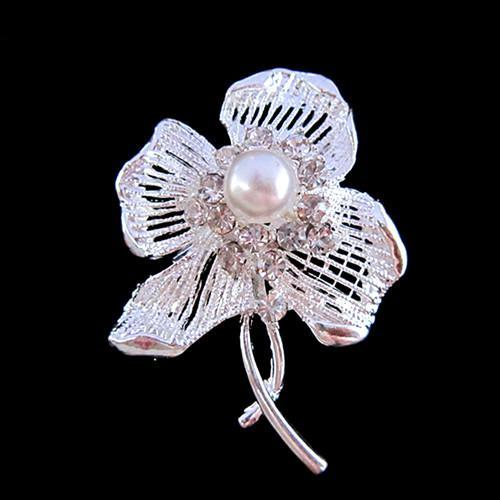 Prateado de cristal claro strass cristal pérola centro flor broche