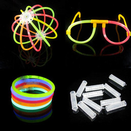 7.8 '' Multicolor Color Hot Glow Stick Pulsera Collares Neon Party 100 Unids / set Brillante Diversión Colorida