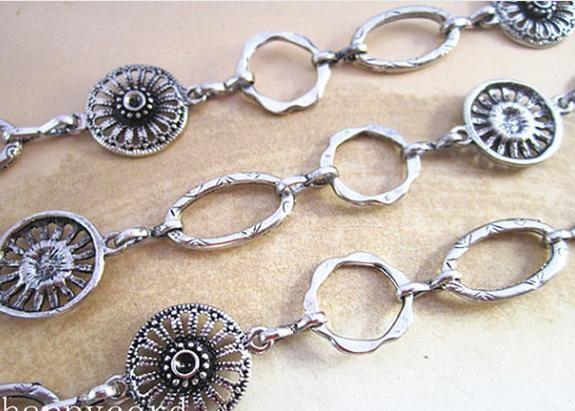 Vente en gros - Fantaisie Antique Silver Flower forme chaîne en métal collier chaîne 3 pieds /